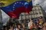 Plusieurs centaines de Vénézueliens se sont rassemblées sur la Puerta del Sol, à Madrid, mardi 30 avril, pour soutenir le président autoproclamé Juan Guaido.