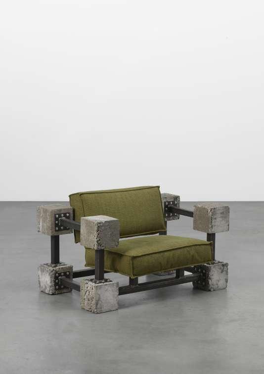 Le fauteuil Flatpack de l'Atelier Van Lieshout.