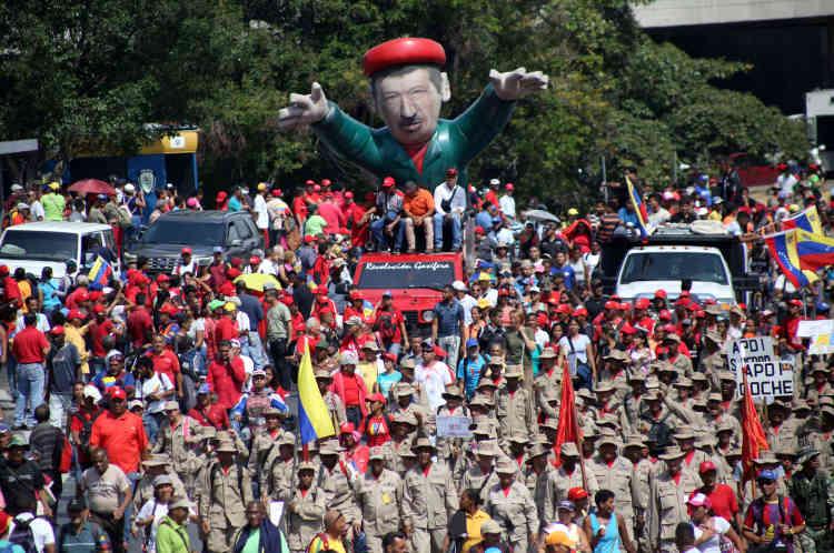 Mardi, après l'échec du soulèvement, un groupe d'insurgés avait demandé l'asile à l'ambassade du Brésil. Une des figures de l'opposition, Leopoldo Lopez, assigné à résidence depuis 2017 et qui était apparu aux côtés de M. Guaido et des militaires insurgés, s'était pour sa part réfugié dans l'ambassade du Chili, puis dans celle d'Espagne.