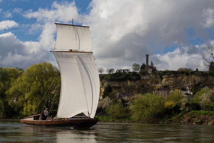 Sur la Loire à bord de la Rabouilleuse.