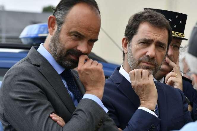 Le premier ministre Edouard Philippe et le ministre de l'intérieurChristophe Castaner le 2 mai à Angoulême.