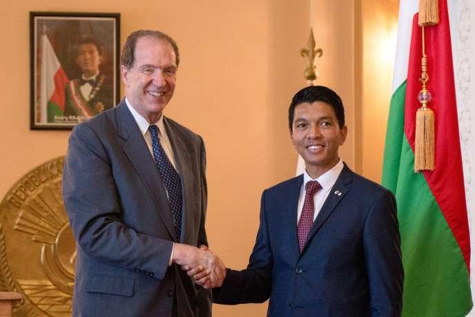 Le président de la Banque mondiale, David Malpass, et le président malgache, Andry Rajoelina, à Antananarivo, le 29avril 2019.