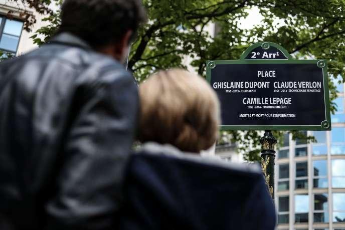 La place Ghislaine-Dupont - Claude-Verlon - Camille-Lepage a été inaugurée le 3 mai, dans le 2e arrondissement de Paris.