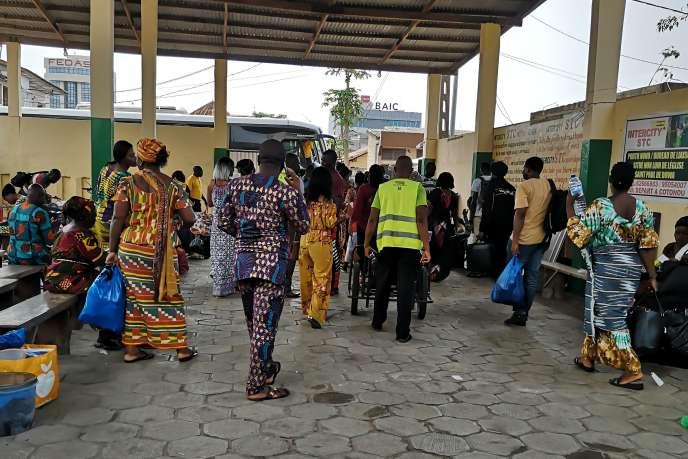 La gare Intercity STC de Cotonou, au Bénin.