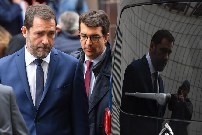 Le ministre de l'intérieur, Christophe Castaner, après une conférence de presse dans un commissariat de police à Toulon (Var), le 3 mai.