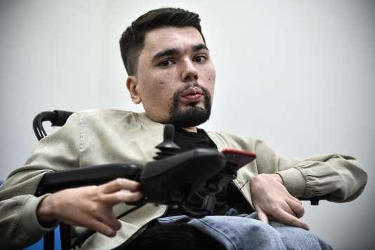 Alexander Gorbunov, plus connu sous son nom virtuel « StalinGulag », lors d'un entretien avec l'AFP, le 3 mai, à Moscou.
