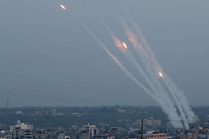Des roquettes tirées depuis Gaza, le 5 mai.