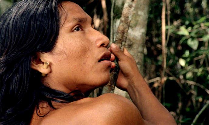 Henrique Ihjãc Krahô dans un extrait du film brésilien « Le Chant de la forêt».