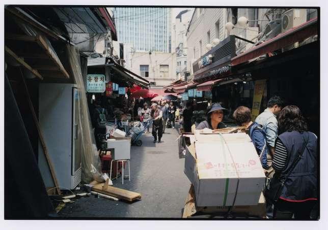 Le marché de Myeong-dong.