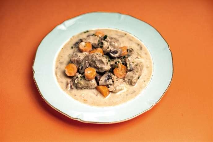 La blanquette de veau, un plat traditionnel et familial.