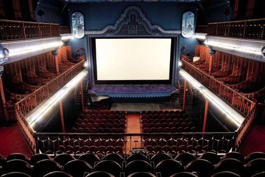 Cine Doré, construit en 1923, dans le quartier d'Antón Martín, à Madrid.