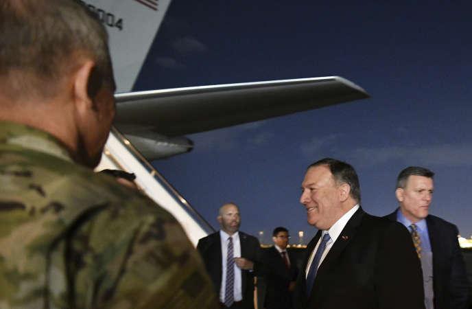 Le secrétaire d'Etat américain, Mike Pompeo, à son arrivée à Bagdad, en Irak, le 7 mai.