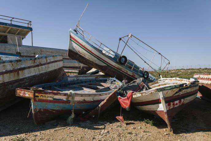 Un cimetière de bateaux de migrants, à Lampedusa, le 30 avril.