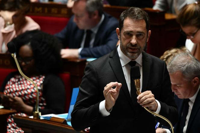 «La lutte contre l'immigration irrégulière doit être une priorité et [nous] avons pris des engagements pour mettre en place un suivi mensuel» de l'action commune, a déclaré M.Castaner, qui a signé un accord bilatéral avec son homologue géorgien, Guiorgui Gakharia