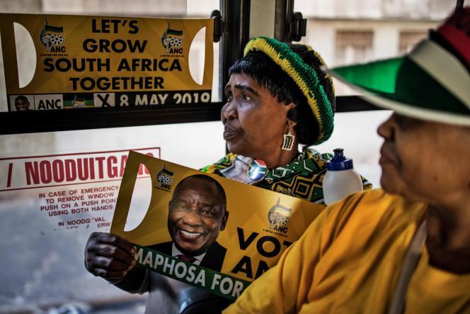 Une militante du Congrès national africain (ANC), le 5 mai, à Johannesburg.