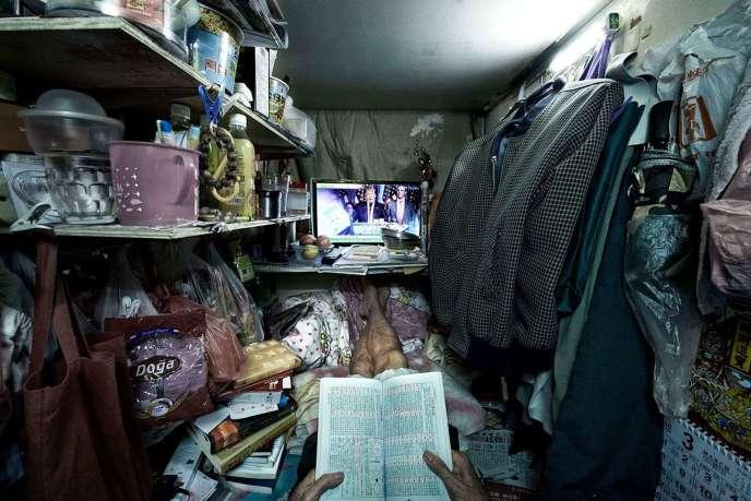 Hongkong. Certains habitants parmi les plus démunis vivent dans des box de ce type, d'à peine 4 m².