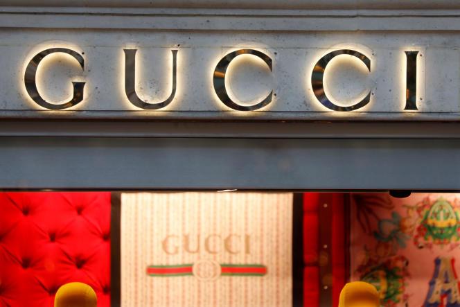 Une boutique Gucci à Paris, le 18 décembre 2017.