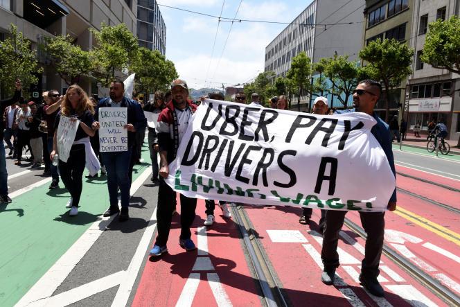 Des chauffeurs Uber manifestent, mercredi 8 mai, à San Francisco.