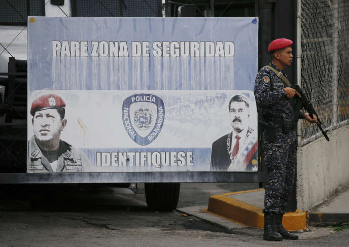 Edgar Zambrano est incarcéré dans la prison de la police militaire du Fort-Tiuna, le principal complexe militaire de la capitale vénézuélienne.