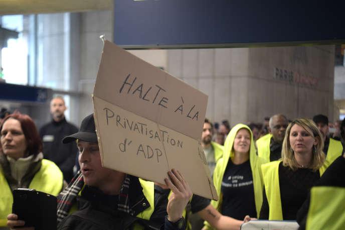 Manifestation à l'aéroport Roissy-Charles de Gaulle, le 9 mars.