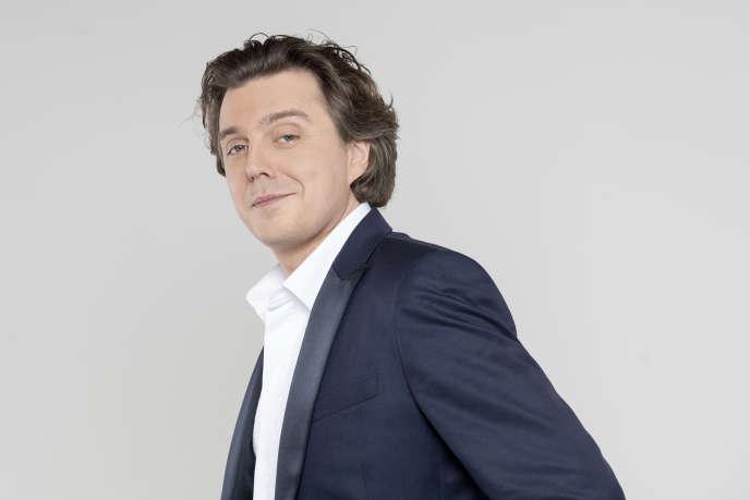 L'humoriste Alex Vizorek, à Paris, le 15 avril.