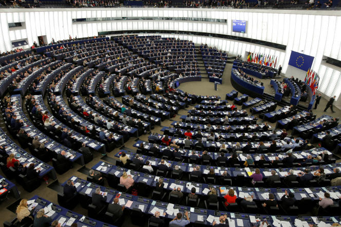 « La fin des années 1990 et le début des années 2000 voient le soutien à l'UE remonter dans de nombreux pays membres. » (Photo: le Parlement européen, à Strasbourg, le 26mars).