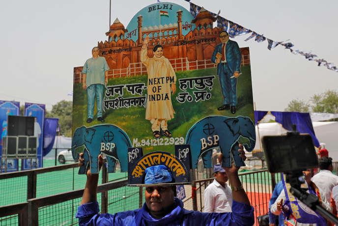Des partisans duBahujan Samaj Party (BSP) et de sa chef de file,Kumari Mayawati, la« reine des intouchables», le 10 mai àNew Delhi.