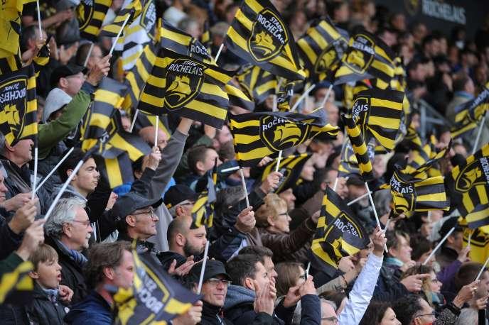 Sur les 16 000 places du stade Marcel-Deflandre à La Rochelle, 13 000 correspondent à des abonnements annuels et seules 3 000 se vendent à l'unité.