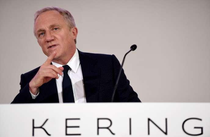 Le PDG de Kering, François-Henri Pinault, lors de l'assemblée générale du groupe, à Paris, le 24 avril.