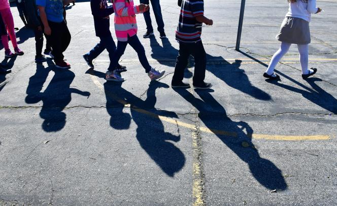 L'obligation de remboursement au-delà de dix jours d'absence s'applique dans toutes les écoles de Californie, conformément au code de l'éducation en vigueur dans cet Etat depuis 1976.