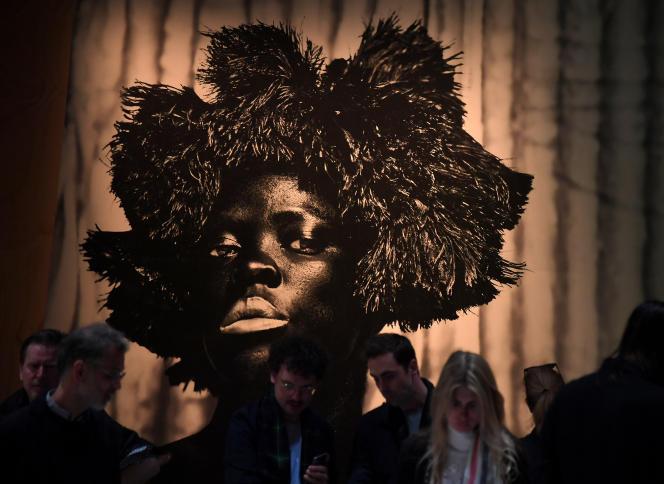 Unœuvre de la photographe sud-africaine Zanele Muholi exposée à la Biennale de Venise, en Italie, le 8mai 2019.