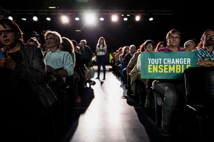Lors du meeting d'EELV à Villeurbanne, le 10 avril.