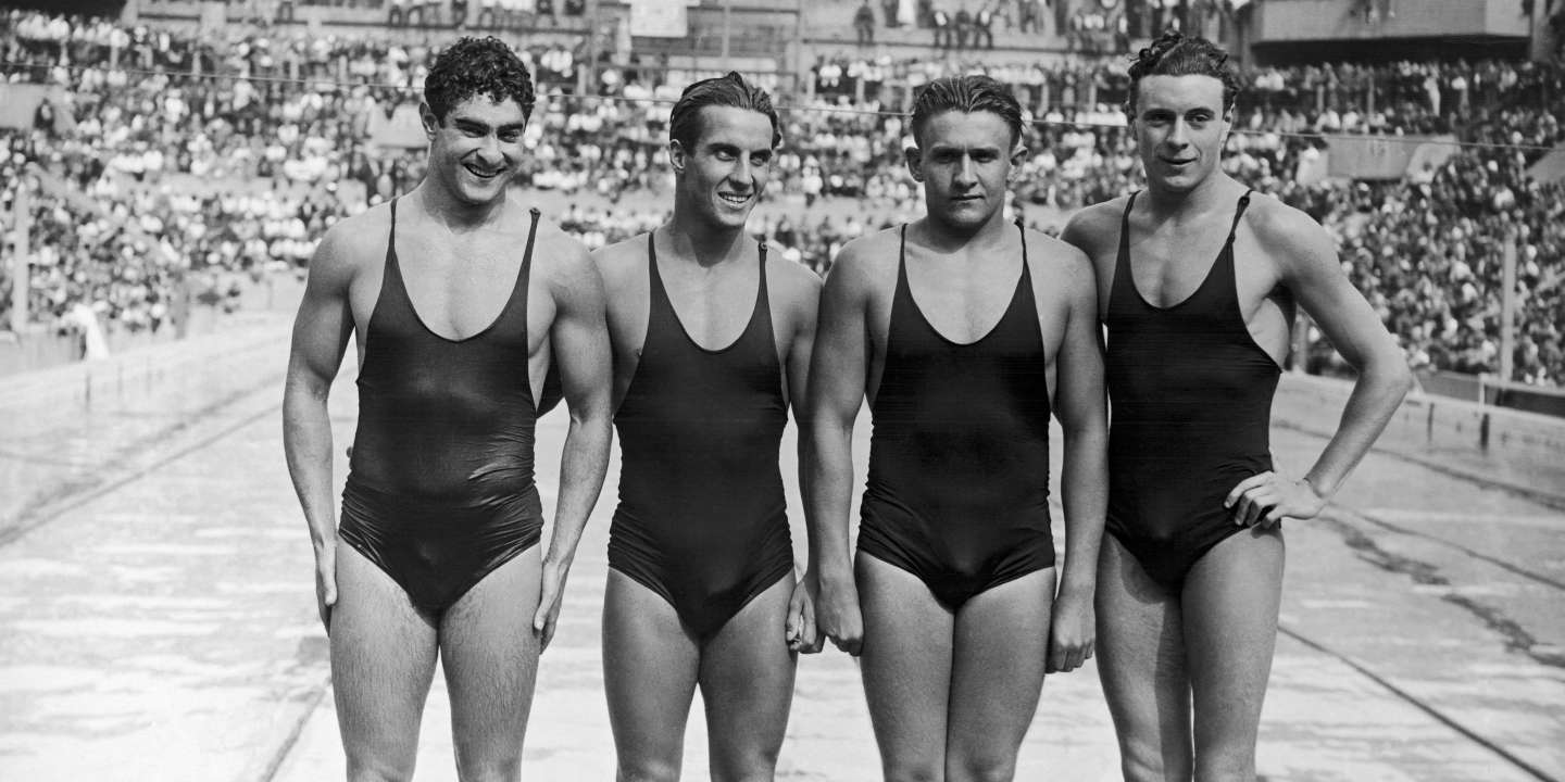 FRANCE - AUGUST 01:  The French Team Of The 4X200 Meters Race In August 1938. From Left To Right, Alfred Nakache, Rene Cavalero, Roland Pallard Et Christian Talli.  (Photo by Keystone-France/Gamma-Keystone via Getty Images)