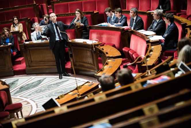 Le ministre de la culture, Franck Riester défend, le 10 mai, à l'Assemblée nationale, le projet de loi pour la restauration de Notre-Dame.