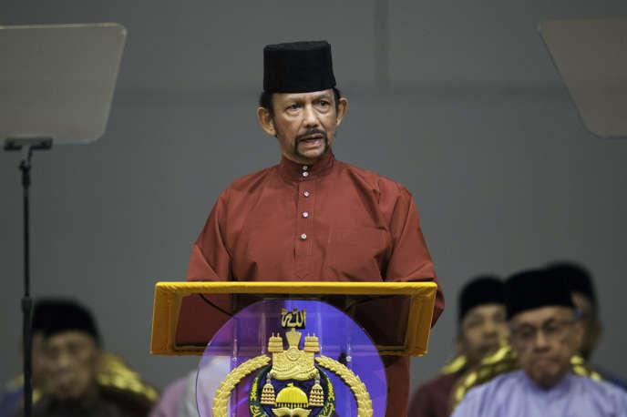 Le sultan de Brunei lors d'un discours, à Bandar Seri Begawan, le 3 avril.