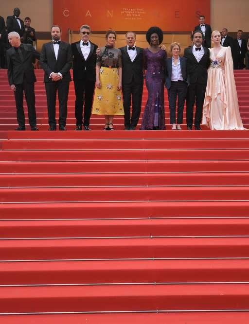 Le jury du 72e Festival de Cannes est composé de Robin Campillo, Yorgos Lanthimos, Pawel Pawlikowski, Alice Rohrwacher, Enki Bilal, Maïmouna N'Diaye, Kelly Reichardt, Alejandro Gonzalez Iñarritu et Elle Fanning.