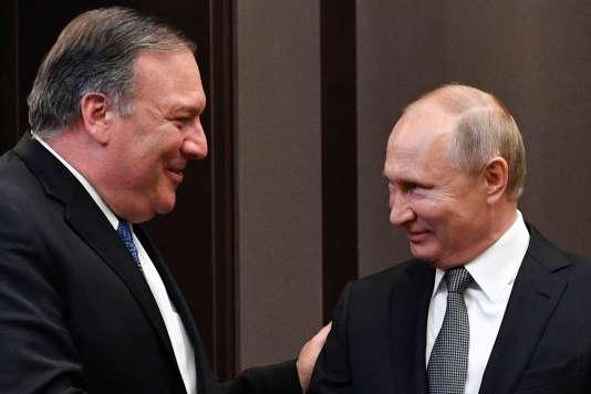 Le secrétaire d'Etat américain Mike Pompeo a été reçu par le président russe Vladimir Poutine, à Sochi, le 14 mai.