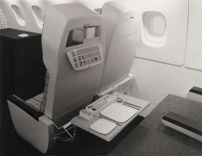 Service Concorde pour Air France (1972) : porcelaine de lamanufacture Raynaud (Limoges) et couverts en inox de la maisond'orfèvrerie Bouillet Bourdelle (Vichy).