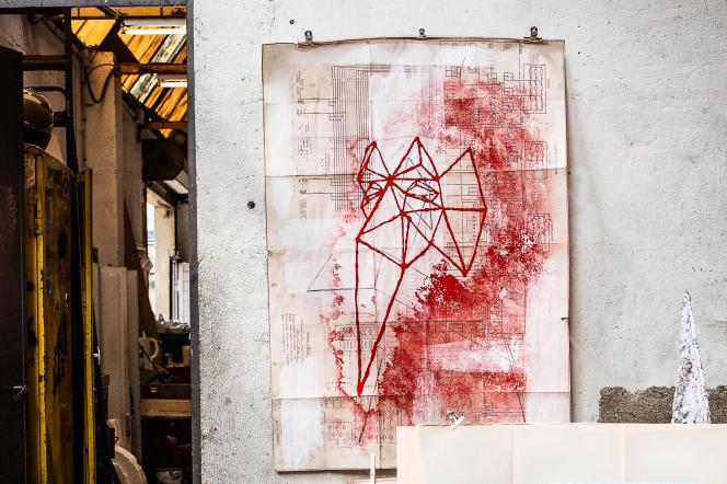 LeChiffonnier accueille un collectif d'artistes dans une ancienne usine appartenant à la SNCF. Le 3 mai 2019 à Dijon.
