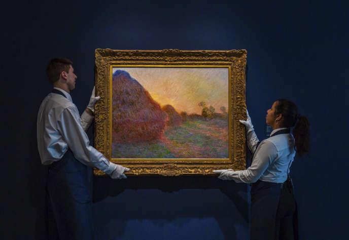 La toile de la série des « Meules » de Claude Monet qui a été adjugée 110,7 millions de dollars lors d'une vente organisée par la maison Sotheby's à New York.