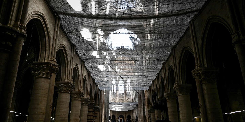 Deux Mois Après Lincendie La Cathédrale Notre Dame De