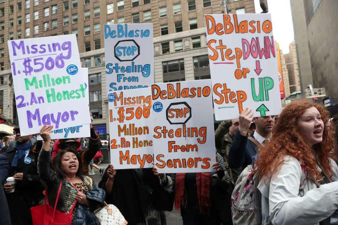 Ворожнеча демонстрація Білла де Blasio, 16 травня в Нью-Йорку.