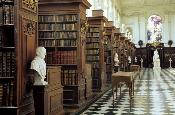 La bibliothèque Wren duTrinity College, université de Cambridge.