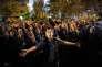 Des manifestants hostiles à la construction de la cathédrale d'Iekaterinbourg, le 16 mai.