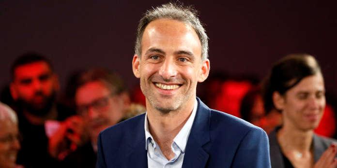 Suivez en direct l'émission « Questions politiques » avec Raphaël Glucksmann