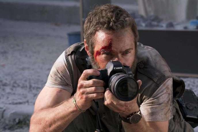 Alessandro Nivola dans le rôle du photoreporter Lee Berger.