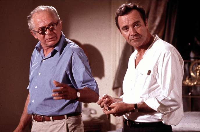 Billy Wilder (à gauche) avec Jack Lemmon sur le tournage d'Avanti ! (1972).