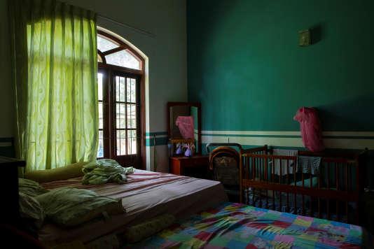 La chambre de Rangana Fernando, 41 ans, sa femme Danadiri, 37 ans, et leurs trois enfants, à Negombo, le 1er mai.