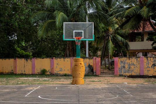 Le terrain de basket-ball où s'entraînait Jackson, 13 ans, à Batticaloa, le 6 mai.
