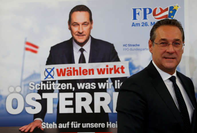 Le vice-chancelier autrichien et chef du Parti de la liberté (FPÖ) , Heinz-Christian Strache, lors d'une conférence de presse à Vienne, le 23 avril 2019.
